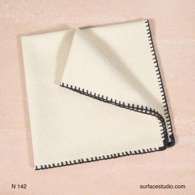 N 142 Beige Solid with Border Napkin