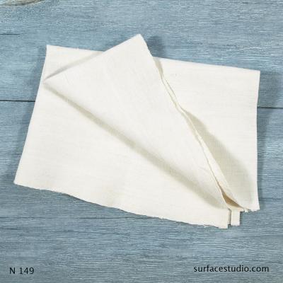N 149 White Napkin