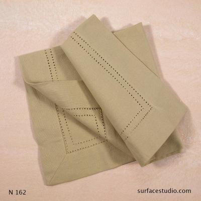 N 162 Beige Solid with Border Napkin