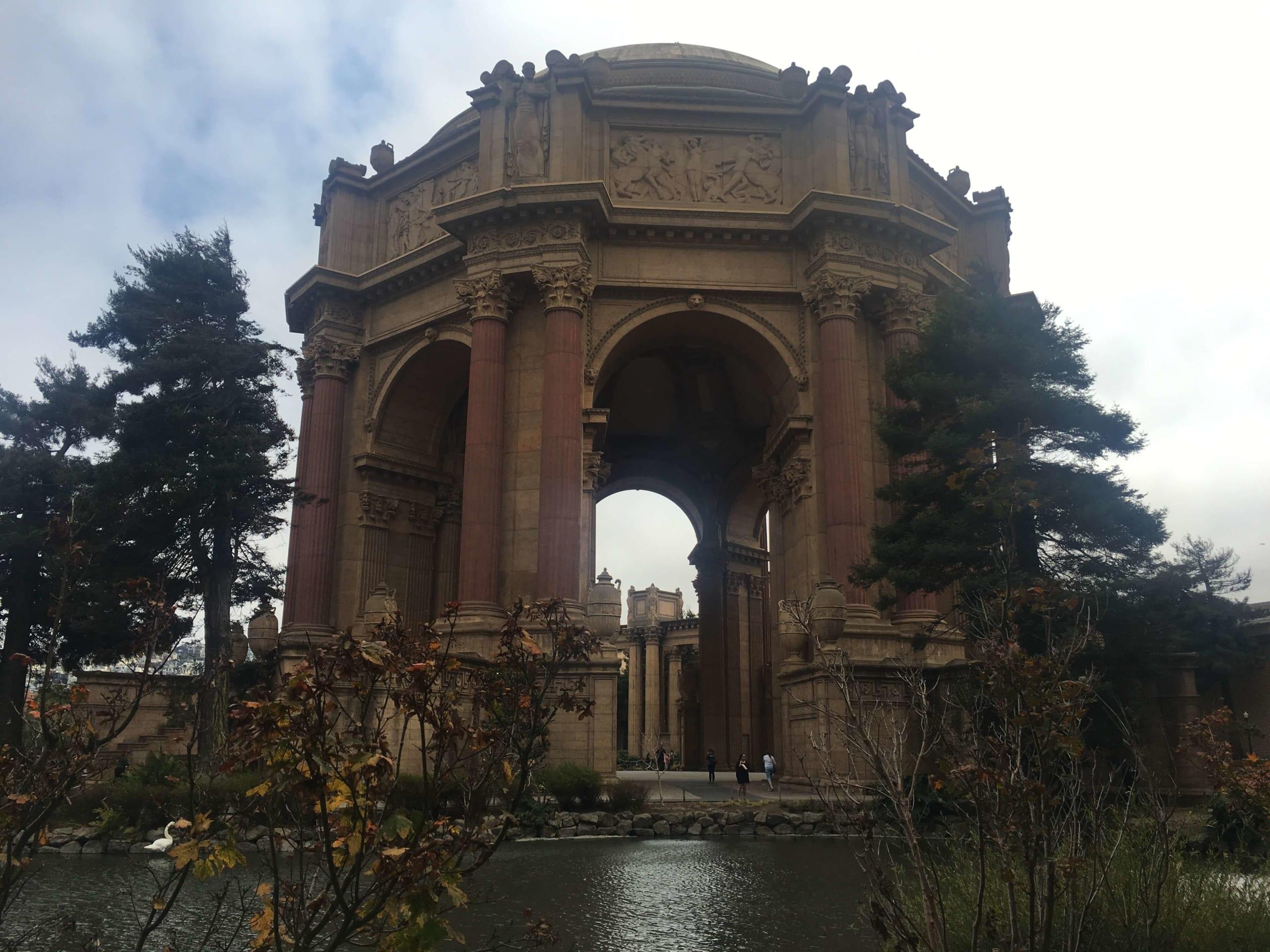 Güzel Sanatlar Sarayı: Mimarisi ile sizi büyüleyecek olan asırlık çınar