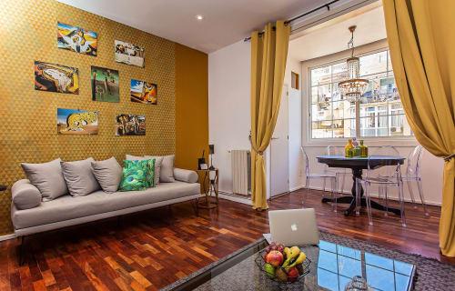 Barcelona - Gracia - Dali Apartment Gracia