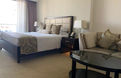 Dubai - Jumeriah Beach Residence - Marina Mall I