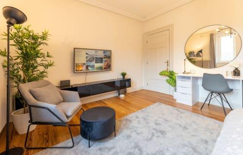 Luxembourg - Limpertsberg - Roses Modern Luxury