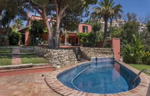 Marbella - Nueva Andalucia - Villa Francia