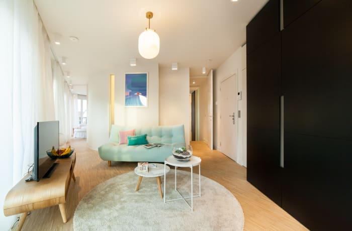 Apartment in Regence III, Sablon - 0