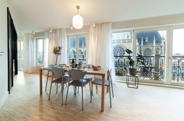 Apartment in Regence III, Sablon - 5