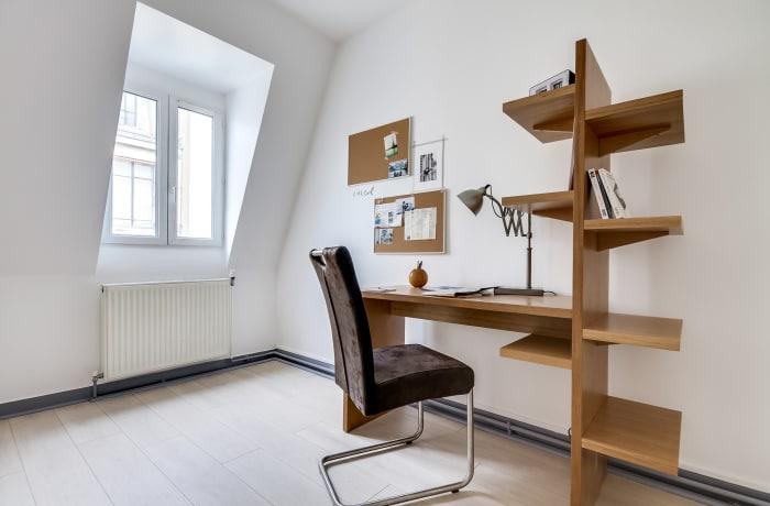 Apartment in Ponthieu I, Champs-Elysées (8e) - 19