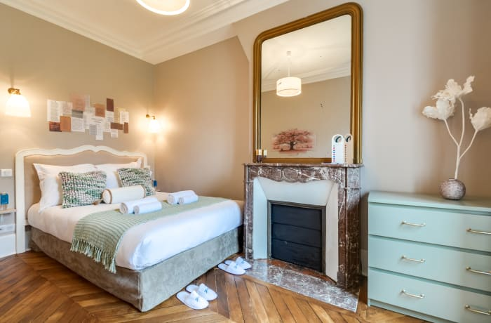 Apartment in Saint Germain IV, Saint-Germain-des-Pres (6e) - 4
