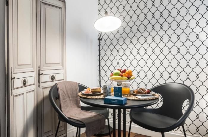 Apartment in Calderari I, Campo de' Fiori, Piazza Navona - 7
