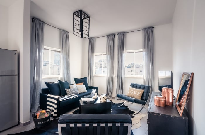 Apartment in Allenby II - Monochrome magic , City Center - Beach Area - 2