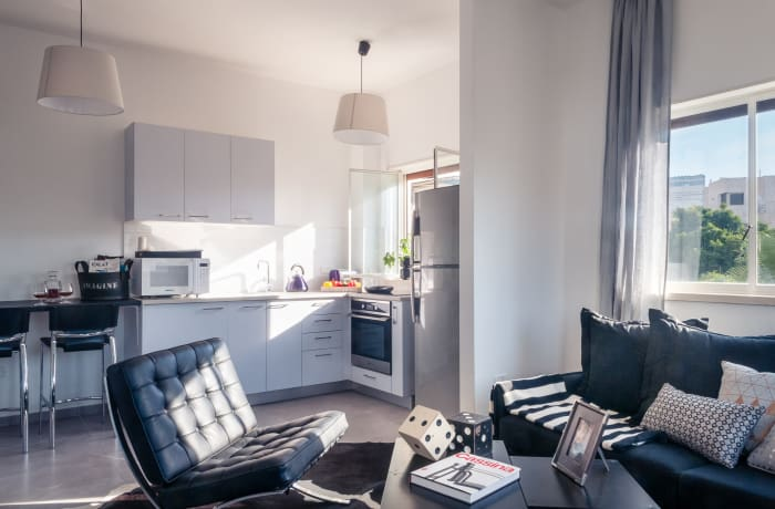 Apartment in Allenby II - Monochrome magic , City Center - Beach Area - 3