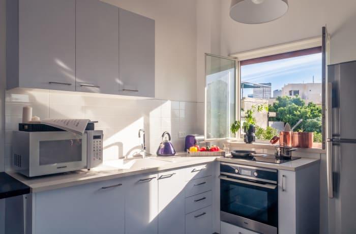 Apartment in Allenby II - Monochrome magic , City Center - Beach Area - 6