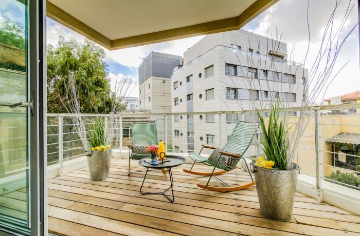 Apartment in Trumpeldor, City Center - Beach Area - 17