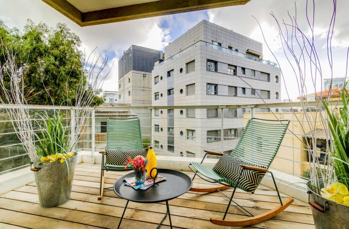 Apartment in Trumpeldor, City Center - Beach Area - 18