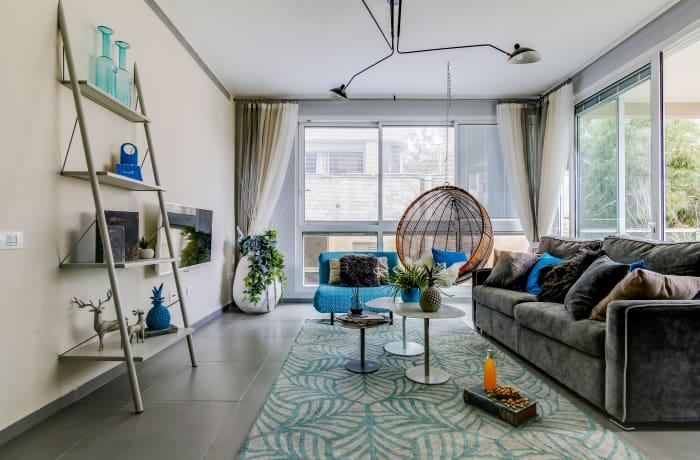Apartment in Trumpeldor, City Center - Beach Area - 3