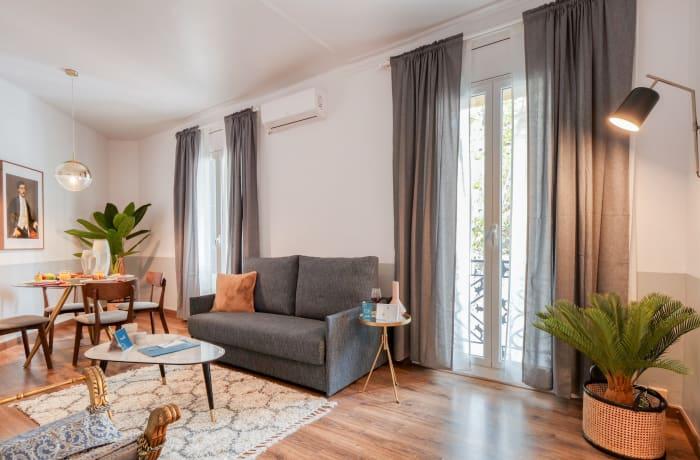 Apartment in Comte Urgell, Eixample - 1