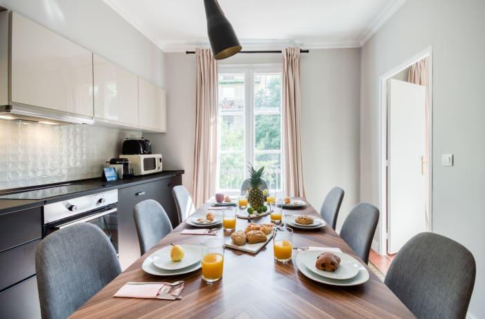 Apartment in Rocafort 103, Eixample - 2