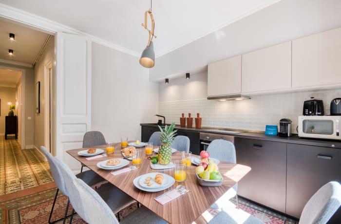 Apartment in Rocafort 103, Eixample - 1
