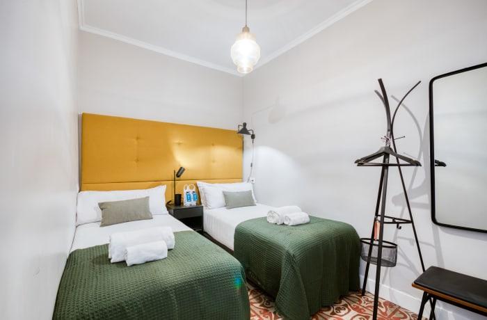 Apartment in Rocafort 103, Eixample - 10