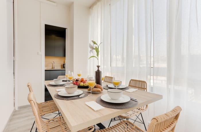 Apartment in Rocafort 401, Eixample - 5