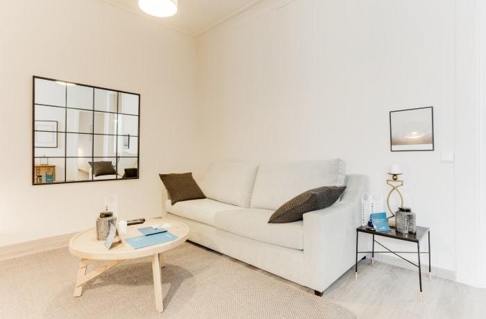 Apartment in Rocafort 401, Eixample - 3