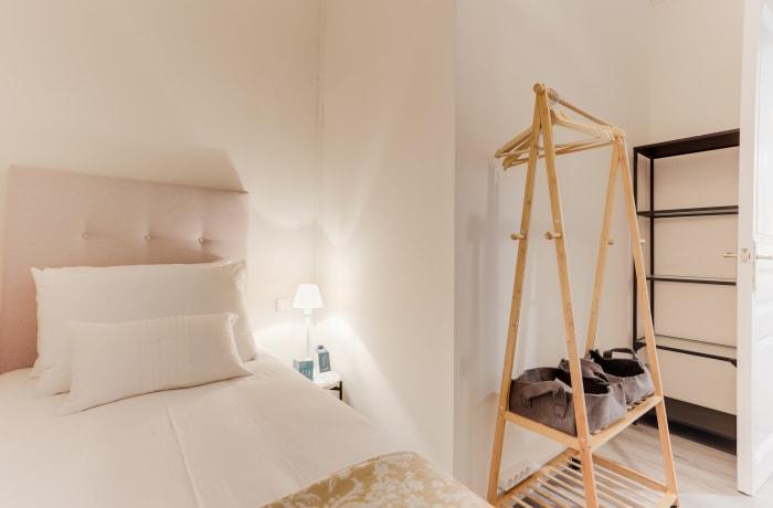 Apartment in Rocafort 401, Eixample - 13