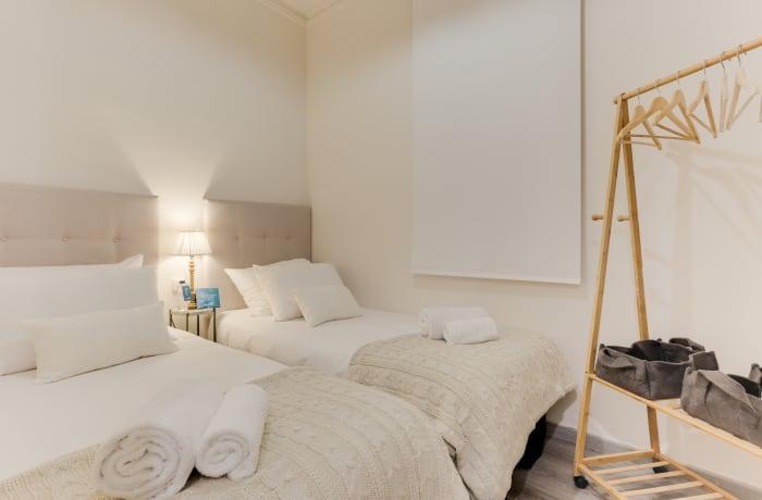 Apartment in Rocafort 401, Eixample - 14