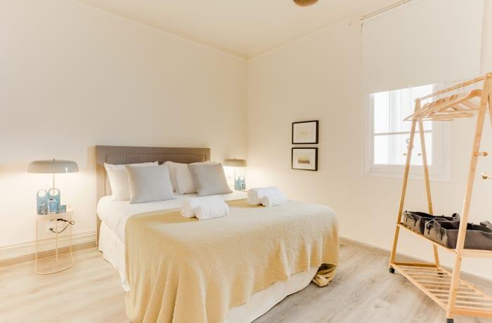 Apartment in Rocafort 401, Eixample - 10