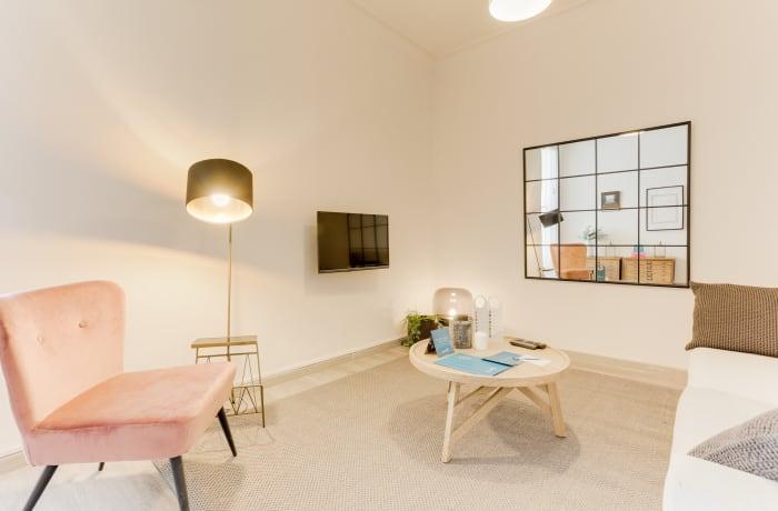 Apartment in Rocafort 401, Eixample - 2