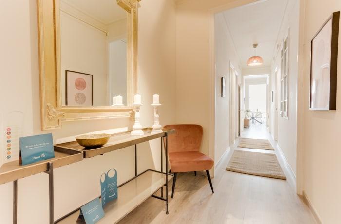 Apartment in Rocafort 401, Eixample - 16
