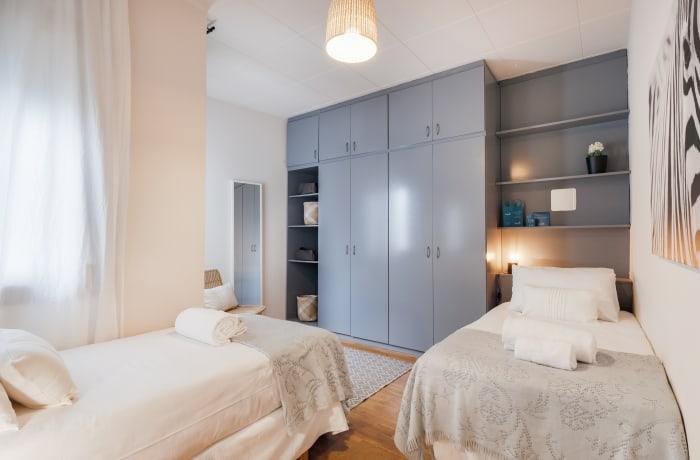 Apartment in Rocafort 404, Eixample - 17