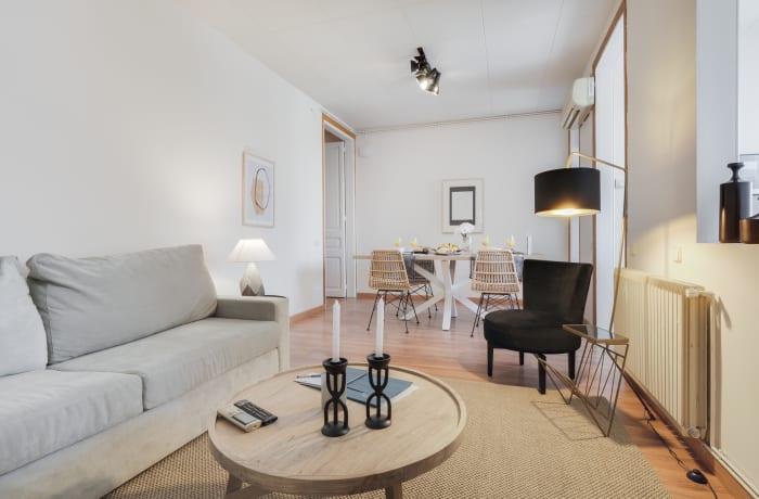 Apartment in Rocafort 404, Eixample - 2