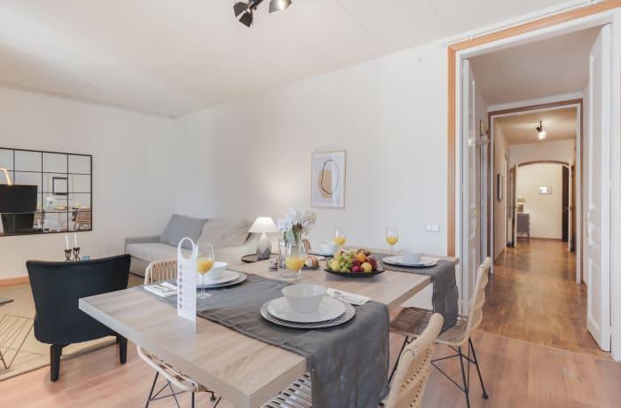 Apartment in Rocafort 404, Eixample - 1