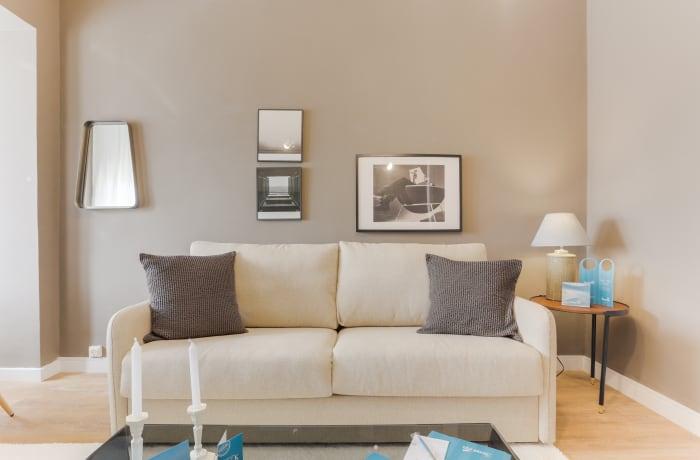 Apartment in Rocafort 503, Eixample - 2