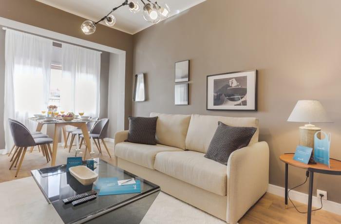 Apartment in Rocafort 503, Eixample - 1