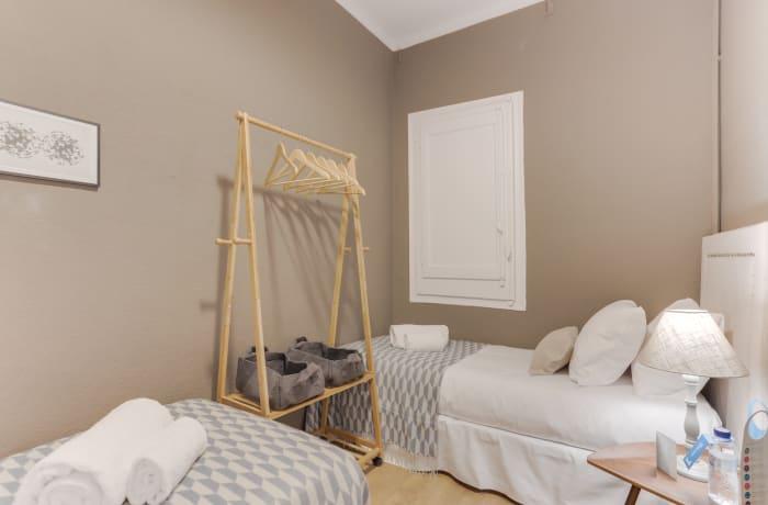 Apartment in Rocafort 503, Eixample - 13