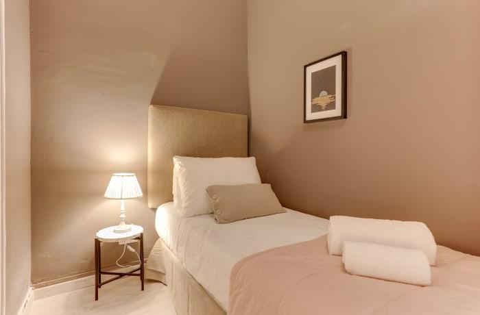 Apartment in Rocafort 603, Eixample - 10