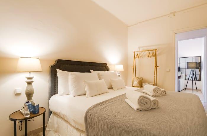 Apartment in Rocafort 604, Eixample - 15