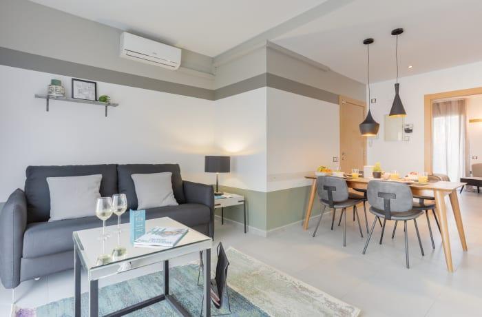 Apartment in Callao VI, Plaza España - 1