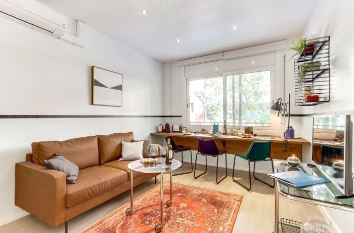 Apartment in Barcelona Camp Nou - Galileu, Plaza España - 1