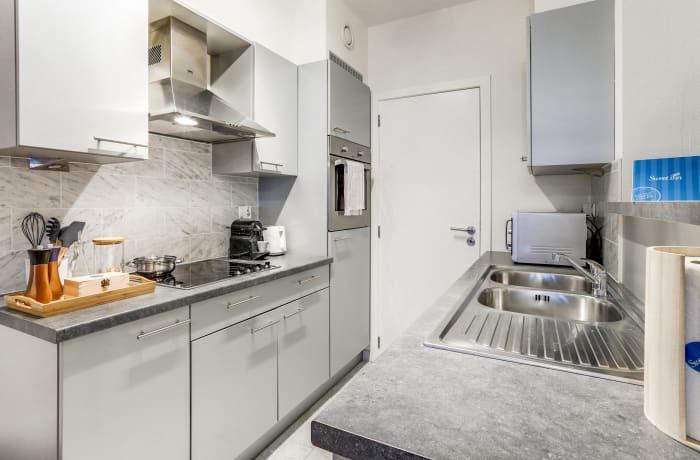 Apartment in Godecharles V, Eu Quarter - 8