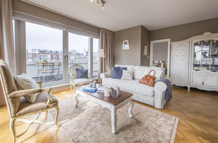 Apartment in Godecharles, Eu Quarter - 14