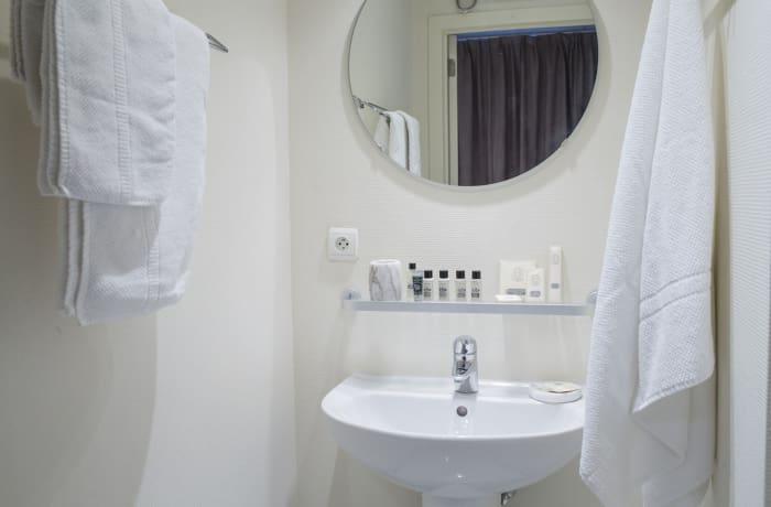 Apartment in Godecharles, Eu Quarter - 8