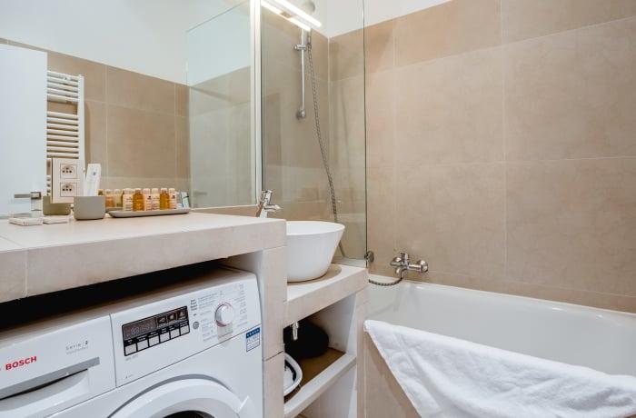 Apartment in Livourne II, Louise - 14