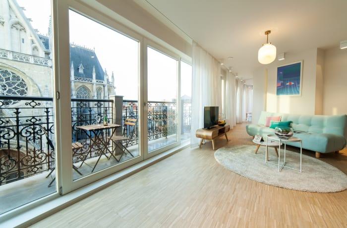 Apartment in Regence III, Sablon - 1