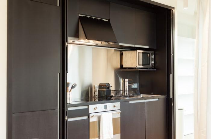 Apartment in Regence III, Sablon - 10
