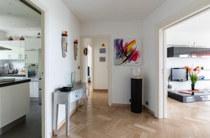 Apartment in Chateau Oxford, Prado Republique - 8