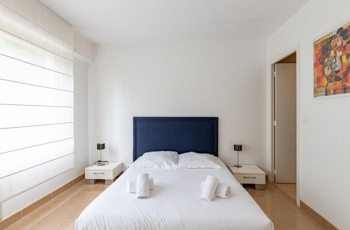 Apartment in Chateau Oxford, Prado Republique - 12