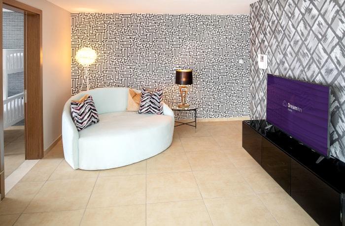Apartment in Burj Kahlifa View, Downtown Dubai - 13