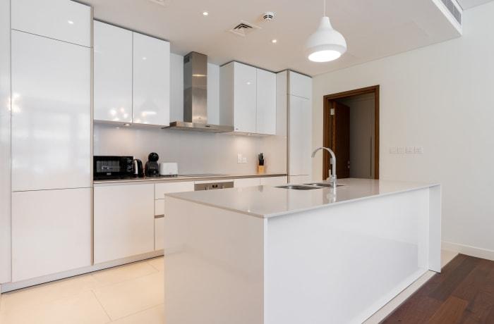 Apartment in Modern City Walk, Jumeirah - 6